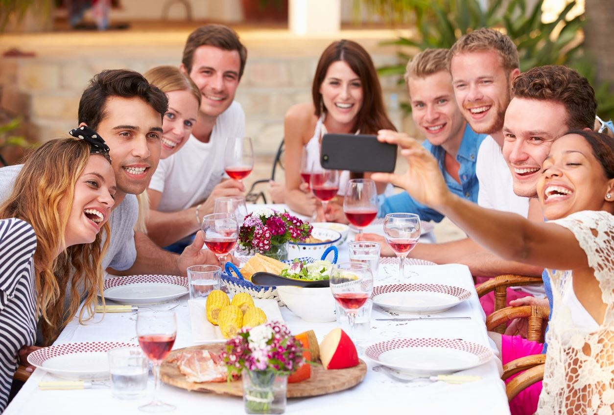 Comer en grupo