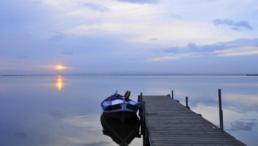 paella-y-paseo-en-barca-en-el-palmar
